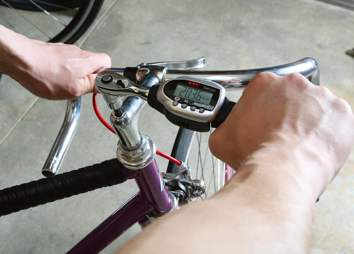 自転車整備画像